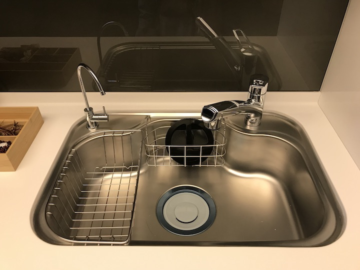 廚房洗碗槽